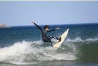 Eddie Traniello slashing the wave