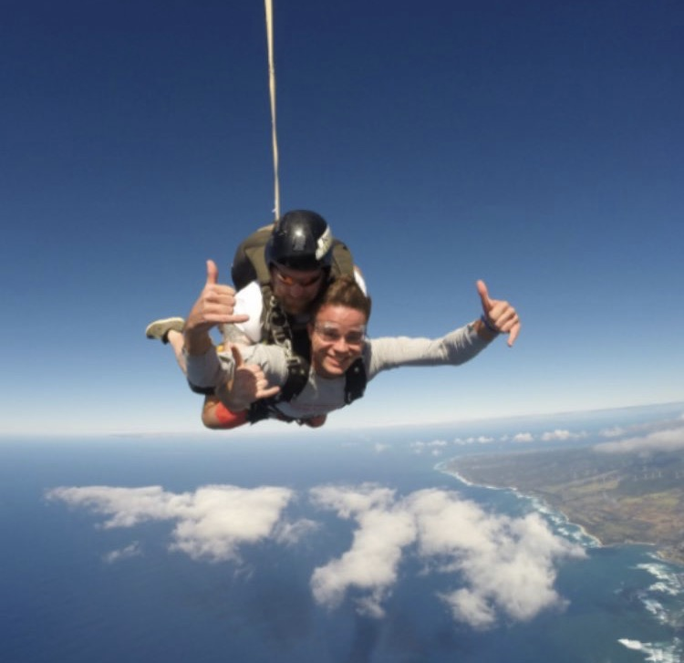 Sky+Diving+over+the+North+Shore+of+Oahu+earlier+this+year.