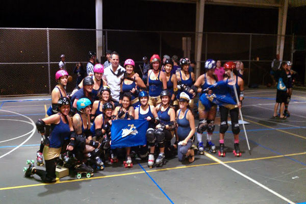 Roller Derby hits like a girl