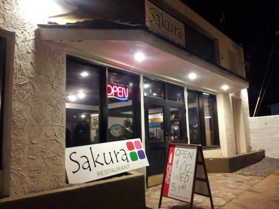 Sakura+serves+ono+food+near+Chaminade
