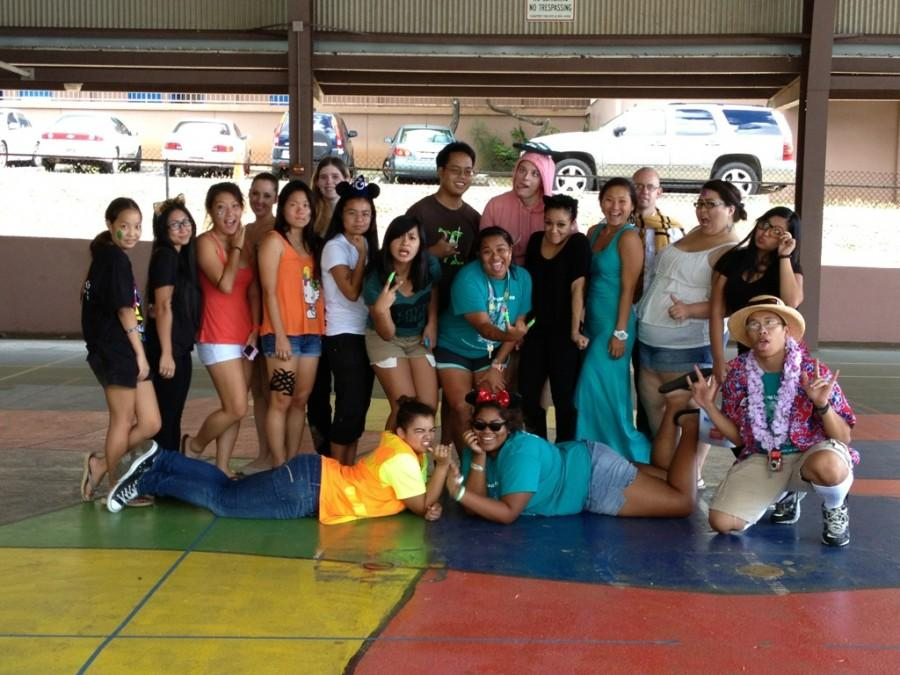 CUH+students+volunteer+at+Palolo+Elementary+for+Halloween