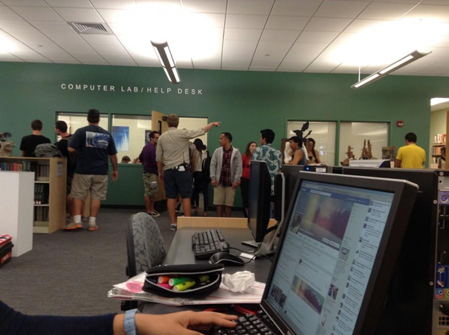 Chaminade students flock to library for 'Hawaii 5-0' filming