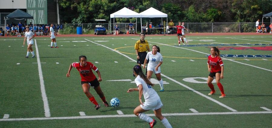 Women's soccer starts season with two 1-0 losses