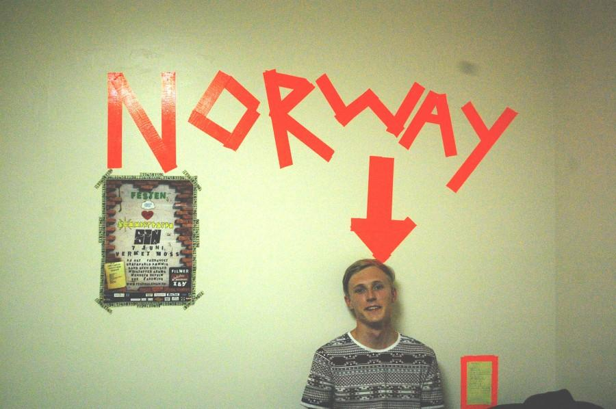 Norwegian+exchange+student+expresses+his+passion+for+music
