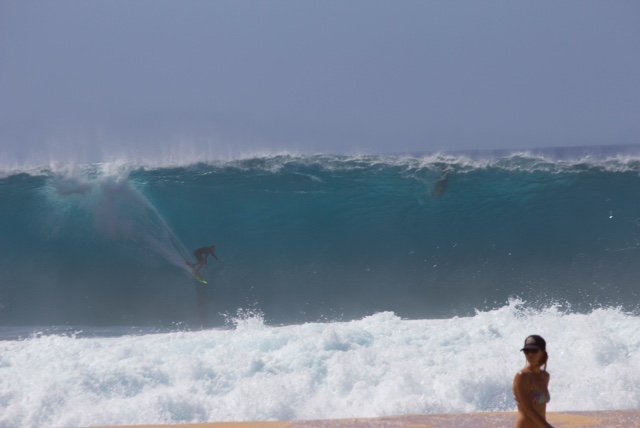 North Shore Prepares for Another Winter of High Surf