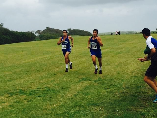 Aires and Ferro race to finish line.