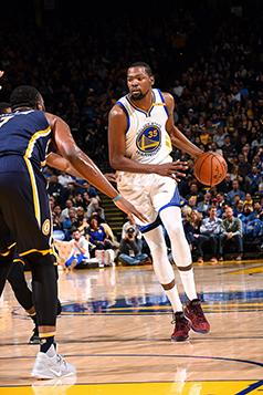 OAKLAND, CA - DECEMBER 5: Kevin Durant #35 of the Golden State Warriors handles the ball during the game against the Indiana Pacers on December 5, 2016 at ORACLE Arena in Oakland, California. NOTE TO USER: User expressly acknowledges and agrees that, by downloading and or using this photograph, user is consenting to the terms and conditions of Getty Images License Agreement. Mandatory Copyright Notice: Copyright 2016 NBAE (Photo by Noah Graham/NBAE via Getty Images)