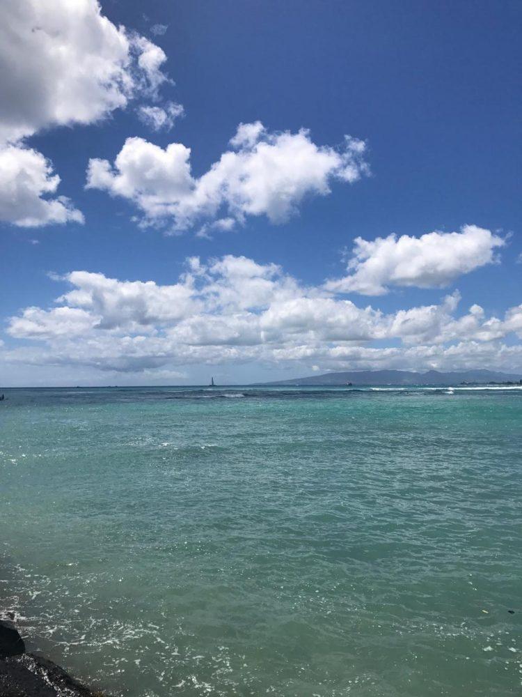 Beach walk to the right of Kaimana Beach