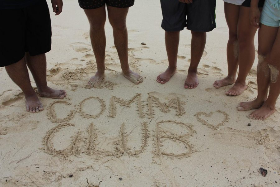 Comm+Club+Cleans+Up+Waimanalo+Beach