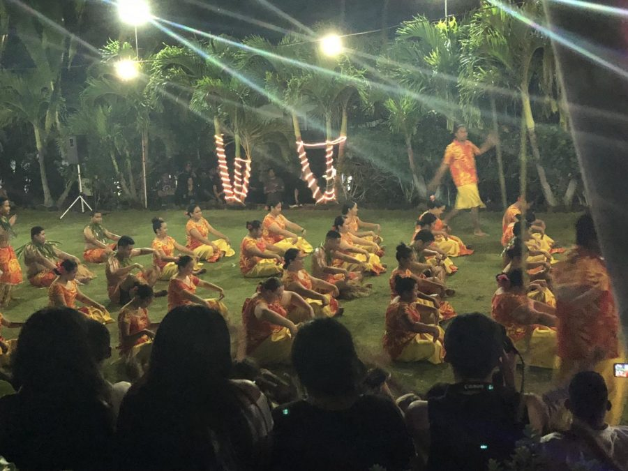 Lumana'i 'O Samoa dancers perform two numbers and end with a traditional money dance.