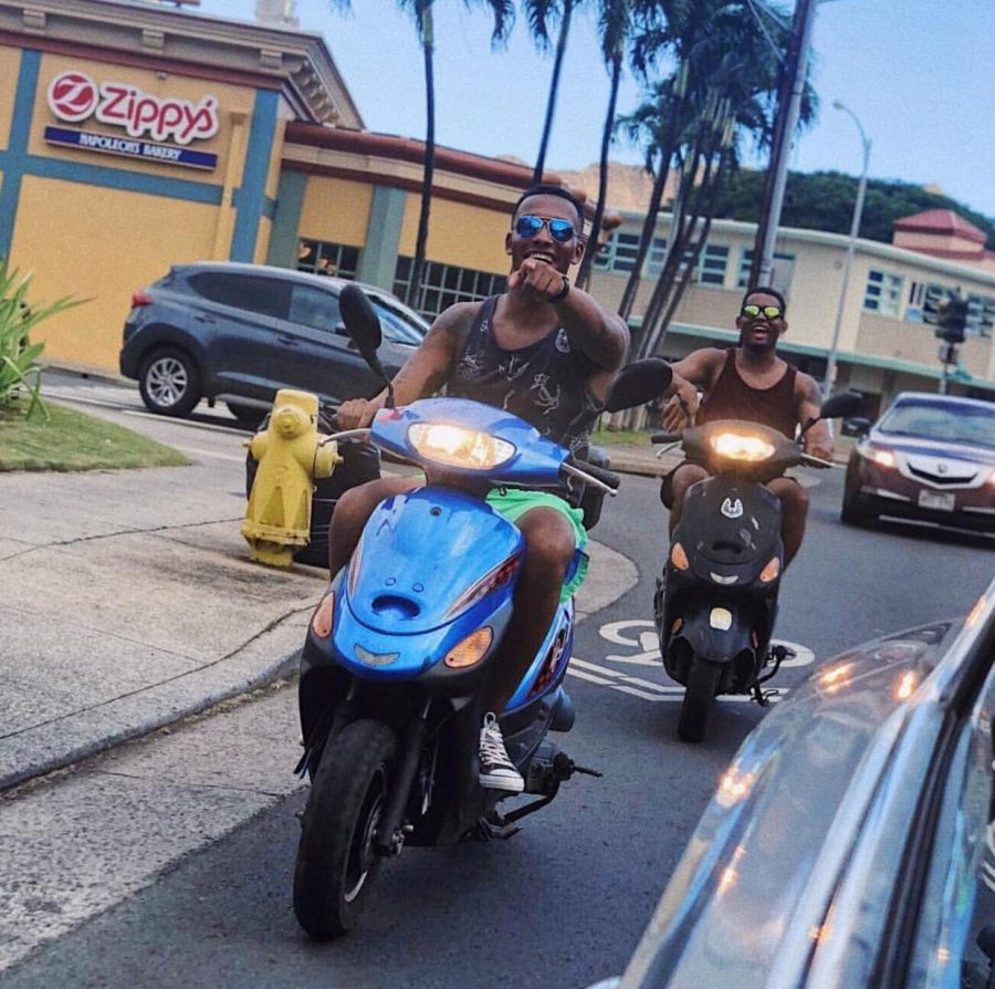 Top 5 Reasons to Ride a Moped