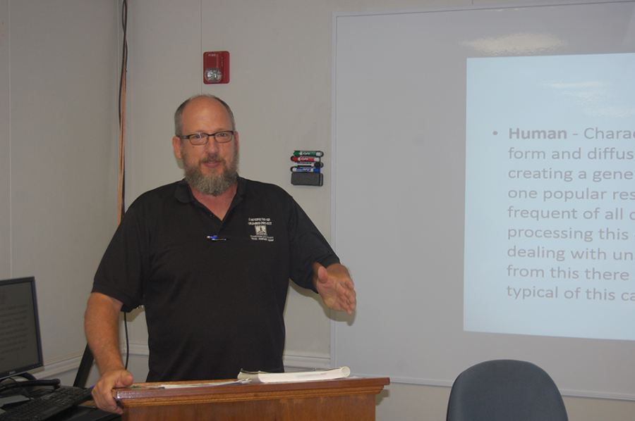 Dr. Dale Fryxell as he teaches one of his psychology classes in 2016.