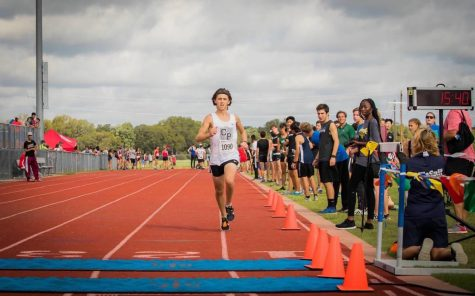 Freshman Cross Country Runner 'Comfortable' With CUH