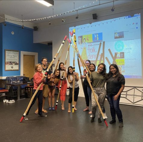 World of Dance Club and The Filipino Club worked together to teach tinikling in February.
